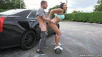 Gostosa transando sobre Hoverboard