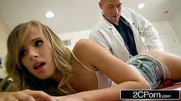 Filmes de sexo com doutor e sua paciente deliciosa