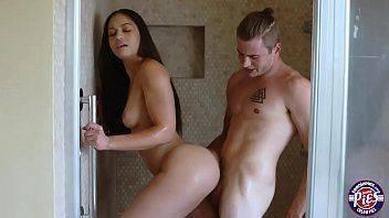 Porno americano fazendo sexo com linda garota