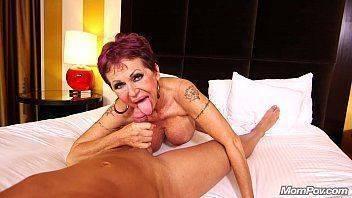 Xvideo porno socando a rola na puta peituda